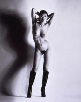 helmut-newton-big-nudes-yuko-big-nude