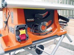 Bosch 4100 09 Vs Ridgid R4510