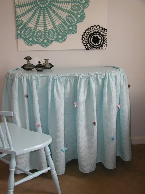 Kidney Shaped Vanity Skirts For Sale : kidney, shaped, vanity, skirts, Kidney, Shaped, Vanity, Table, Chair, Painted, Stone, House, Workshop
