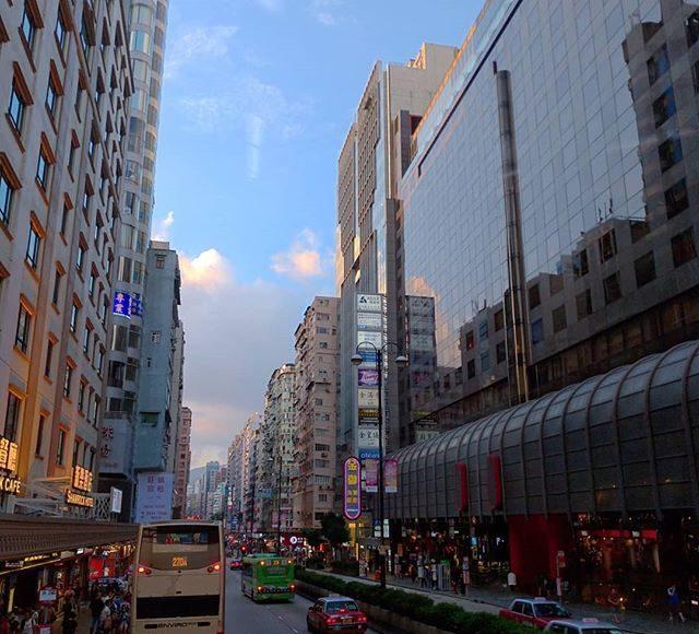 香港房屋問題在於樓價貴   石先生部落