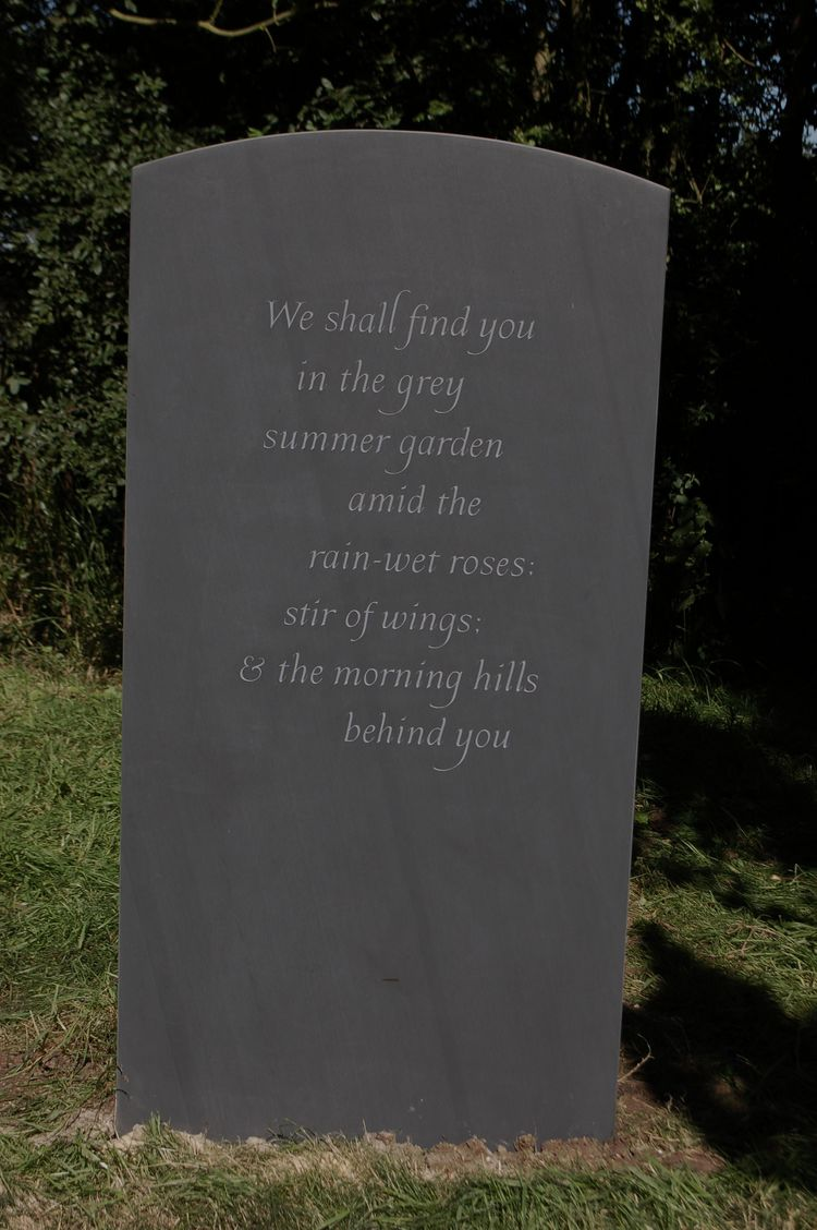 Funeral Poems  Moving Poetry for Memorial Services and
