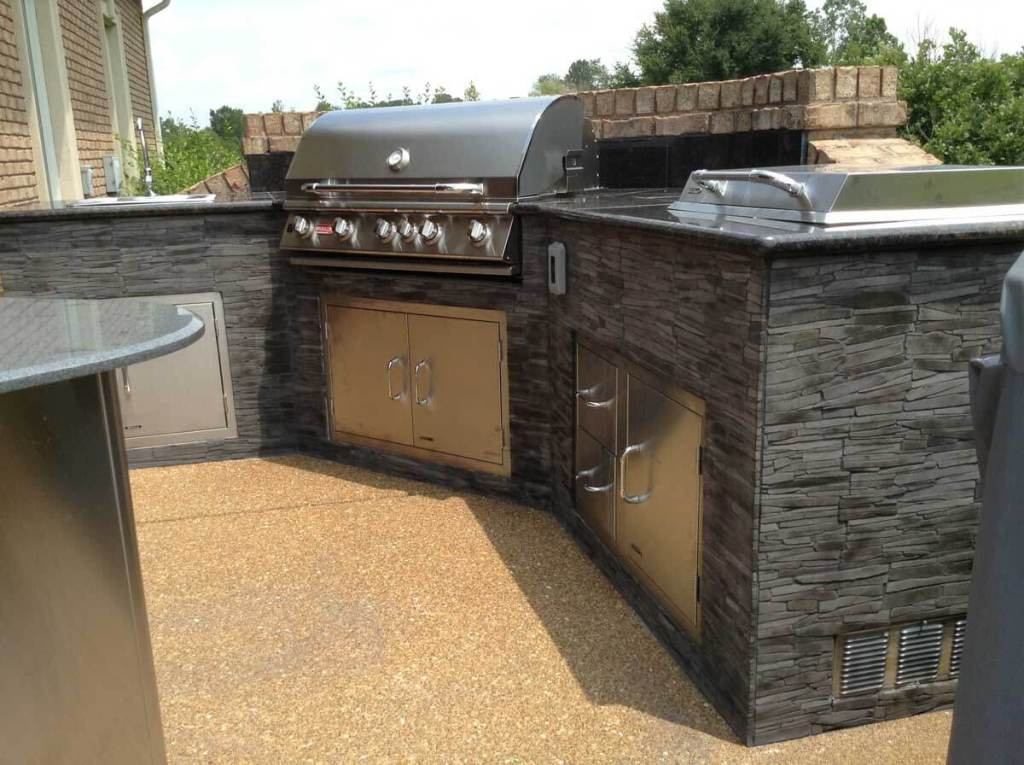 Stone-Mosaics-Decks-and-Patios-Gallery-Outdoor-Kitchen-1