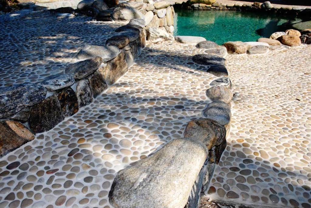 Stone-Mosaics-Decks-and-Patios-Gallery-pool8