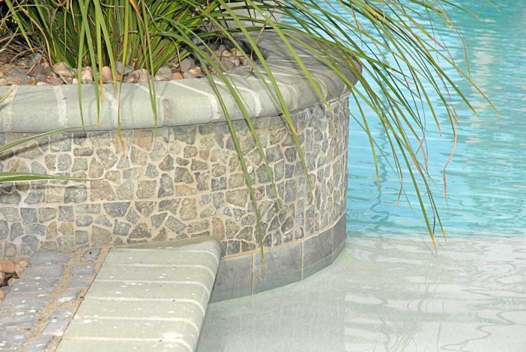 Stone-Mosaics-Pools-and-Spas-Gallery-pool4