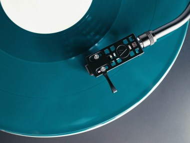 Classifiche, Pink Floyd, Jovanotti, Liberato, Genesis, Vinile, stonemusic.it