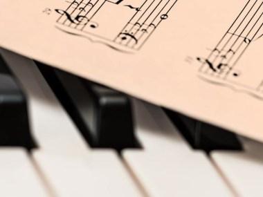 Negozi, musica,Casa della musica ,Civitanova Marche ,(MC), Marche