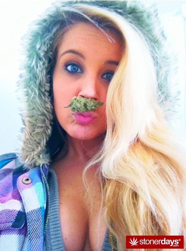 Girls Smoking Weed Hd Wallpaper Stoners Smoke On Sundays Stoner Pictures Marijuana Pics