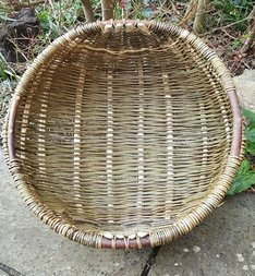 Cyntell basket made by the tutor for Stones Cottages willow basket making courses