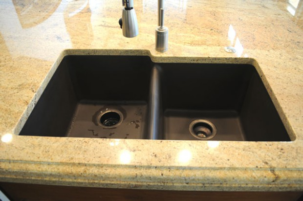 best undermount kitchen sinks aid dishwasher reviews materials - links to selections of our in-stock