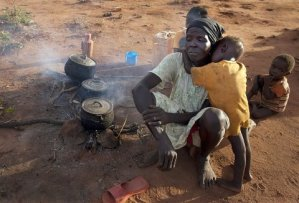 The poverty hit Sudanese people under Ingaz Gangs