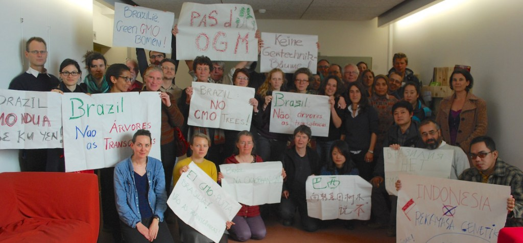 Brazil Actions Update: Organizations from around the world protest GE Trees in Brussels