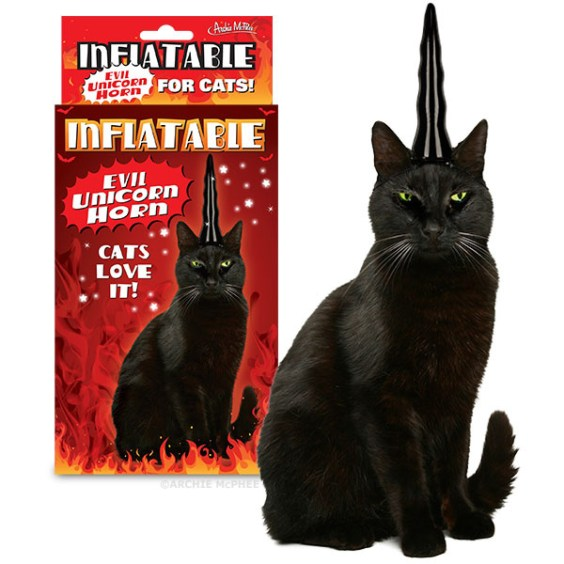 inflatable_evil_unicorn_horn_for_cats