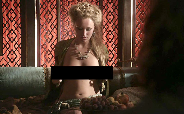 NUDITY-GAME-OF-THRONES