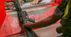 """El Ejército de EU """"pierde"""" armas. Aparecen en países como México"""