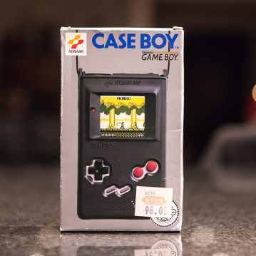 Game Boy Case Boy