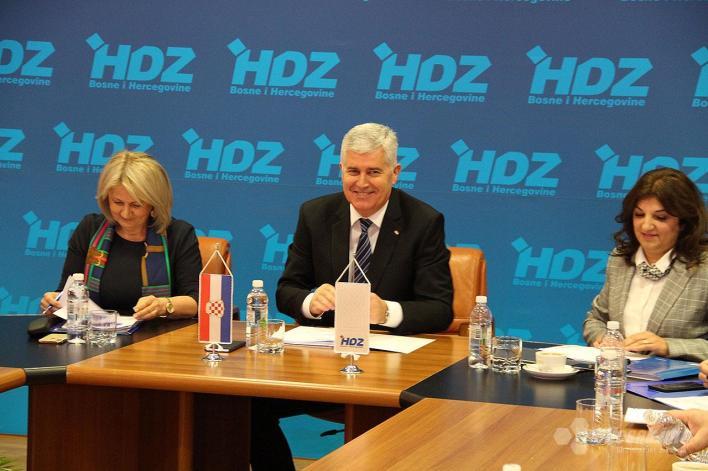Komšić žestoko reagirao na prijedlog izbornog zakona od strane HDZ-a