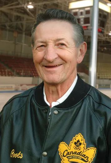 Walter Gretzky To Carry Pan Am Torch Brantford Expositor