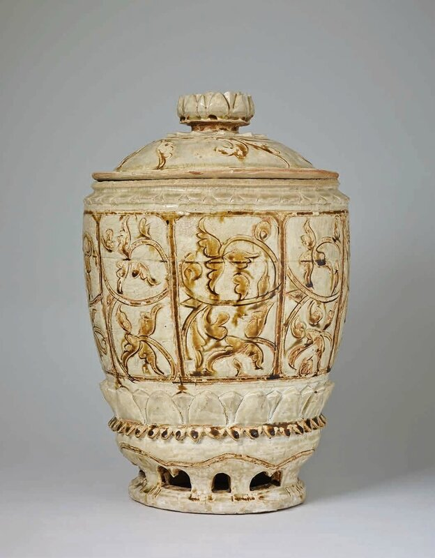 Large Lidded Jar with Incised Brown Lotus Decoration, Trần Dynasty 1225–1400 A