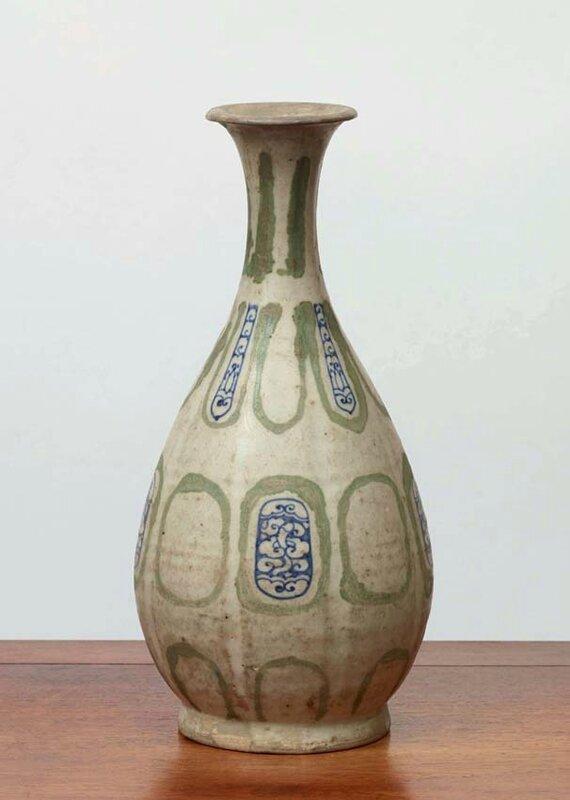 Vase yuhuchun, Vietnam, dynastie des Lê, 15-16°siècles