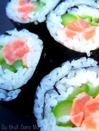 Maki_saumon___asperge_verte