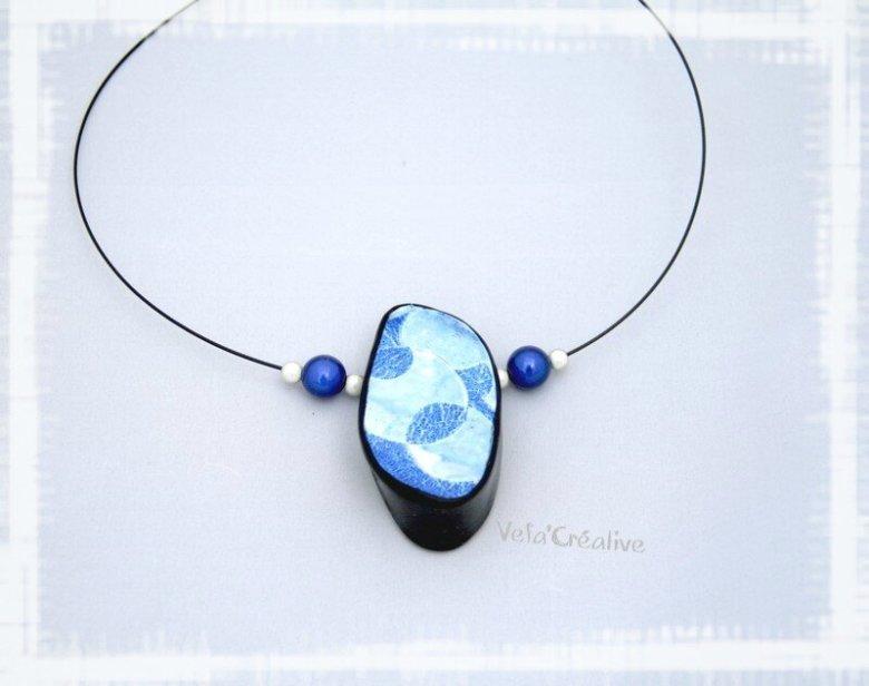 collier_bleu-craquele