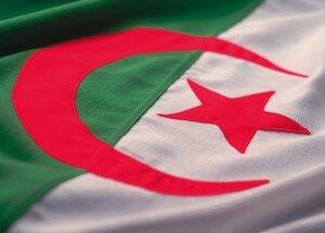 drapeau_algerie_772063_2
