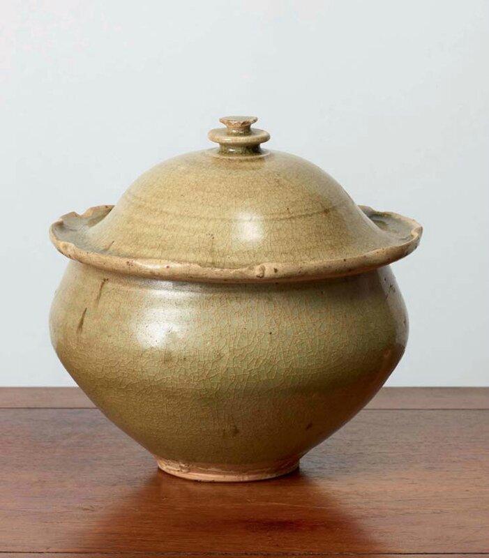 Bol à aumône couvert, Vietnam, dynastie des Trần, 13-14° siècles