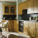 It Kitchens Chilton Traditional Oak Effect Corner Wall Door