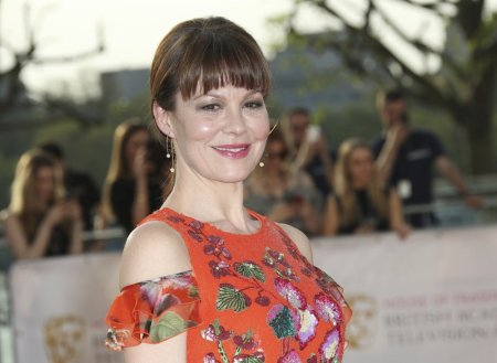 Helen McCrory, 'Harry Potter' and 'Peaky Blinders' Star, Dead at 52 from Cancer, Husband Damien Lewis Says