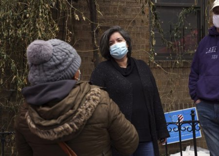 New York Woman Leads Pantry Feeding Thousands After Losing Job due to Coronavirus