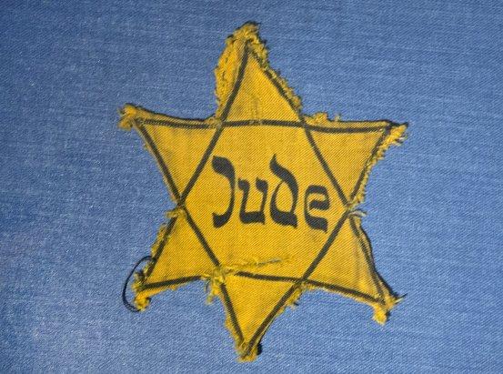 Holocaust survivors use social media to fight anti-Semitism