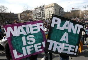 Thousands flock to Serbia to protect the environment