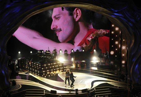 Freddie Mercury, Brian May, Adam Lambert