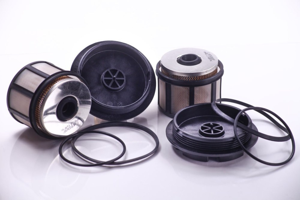 medium resolution of 2001 ford f 350 super duty fuel filter pg pf9292