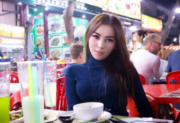 Kezia Aldha Vaanderbilt, Gadis Medan Berparas Cantik & Hot Banget!! Sahabat Citra Andy (Cika)