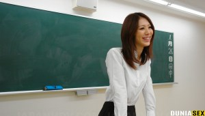 Naughty teacher, Riko Miyase is fucking her handsome student