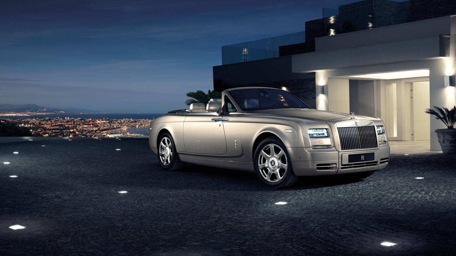 Rollsroyce To Reveal Last Phantom Coupe In Geneva  Gtspirit