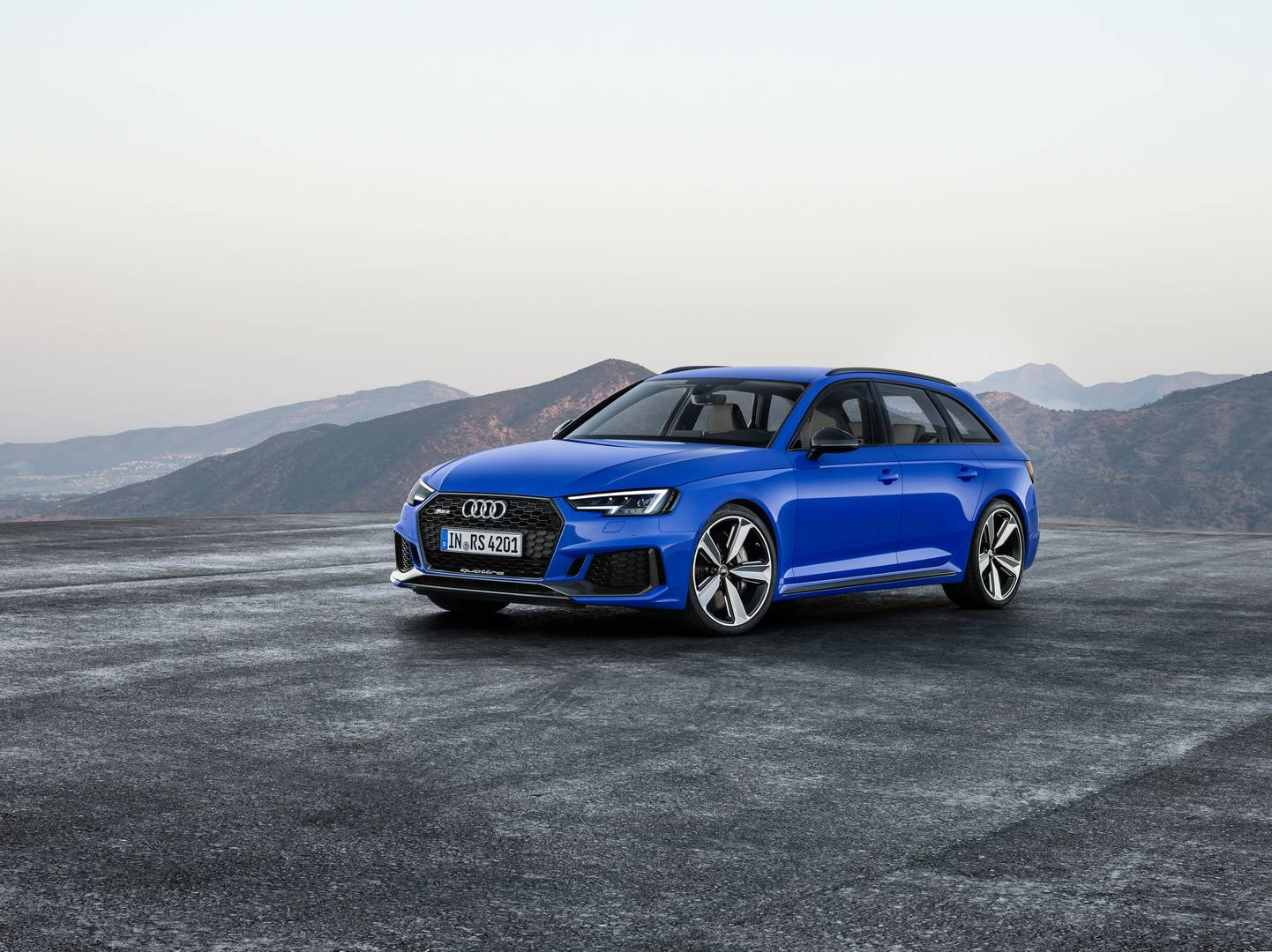 Official 2018 Audi Rs4 Avant  Gtspirit