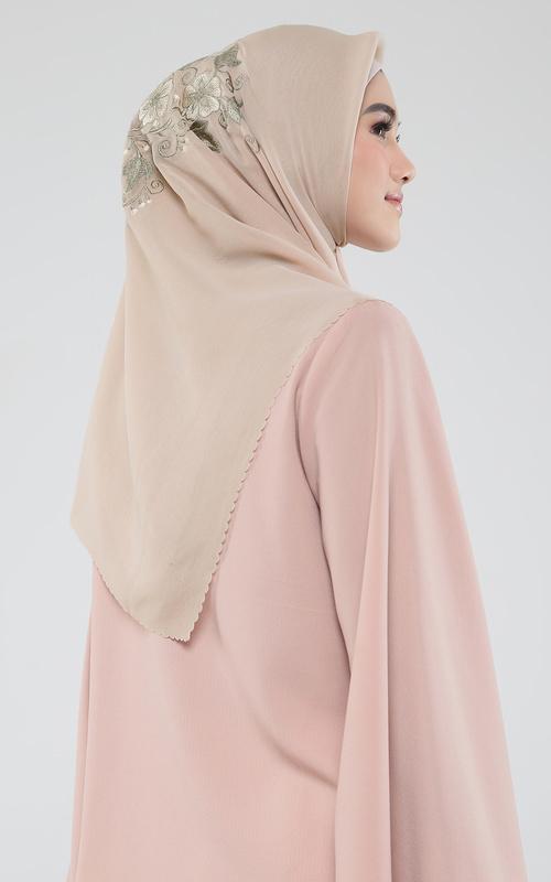 Jilbab yang Cocok untuk Baju Warna Pink HIJUP Untuk itu kamu...