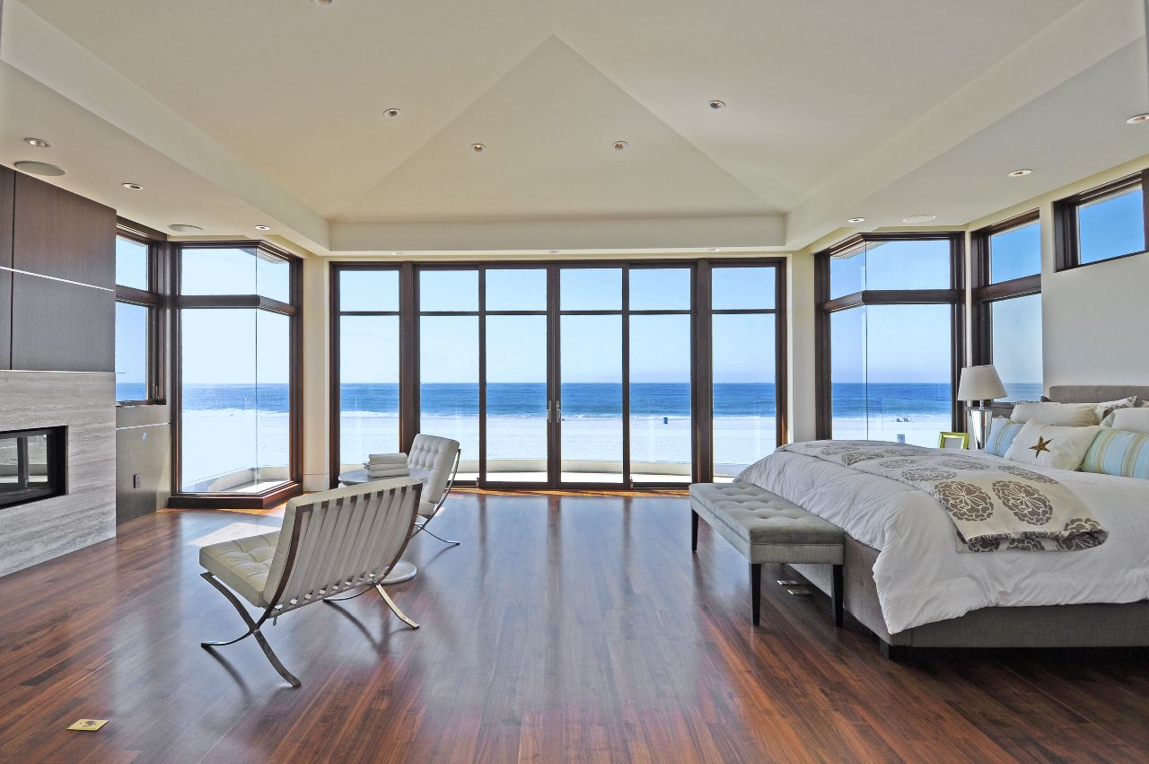 The Strand Manhattan Beach Hermosa Beach Realtor who knows luxury market in real estate in the