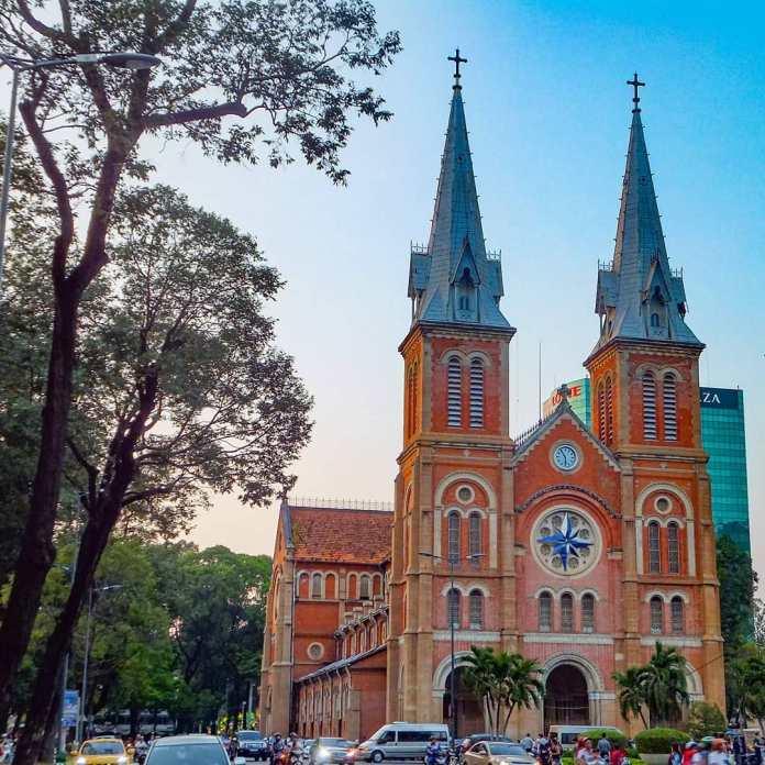 Saigon Notre-Dame Cathedral guide