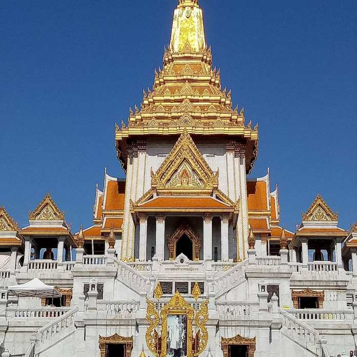 Wat Traimit 2 day in Bangkok