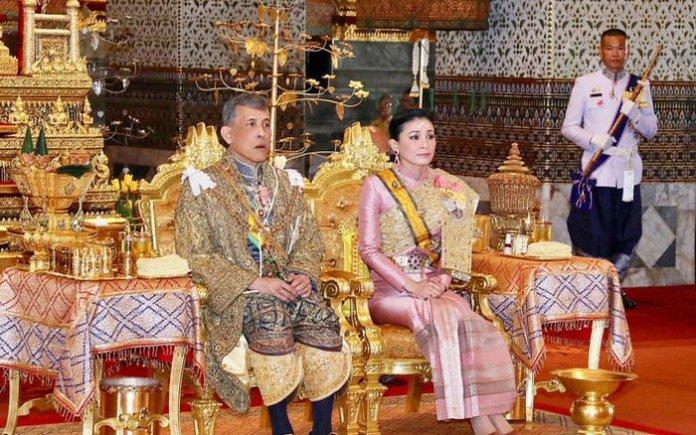 Vua và hoàng hậu Thái Lan