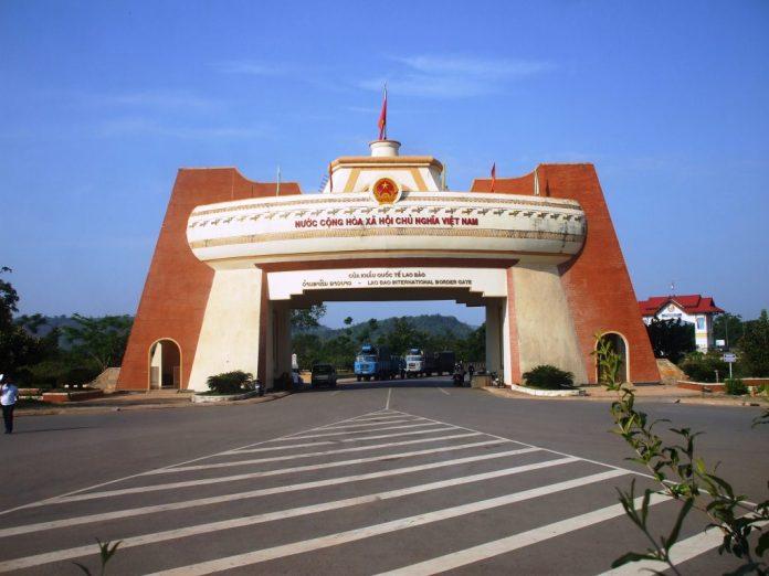 Cửa khẩu quốc tế Lao Bảo