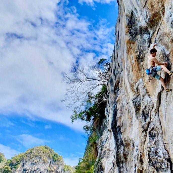 Leo núi đá là hoạt động phổ biến tại vịnh Tonsai