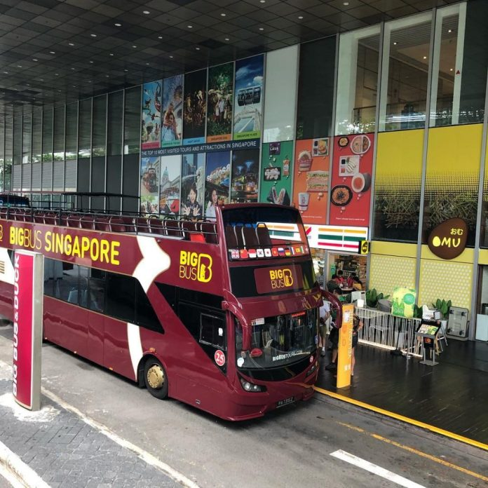 Kinh nghiệm du lịch Singapore: Xe bus Hop on hop off
