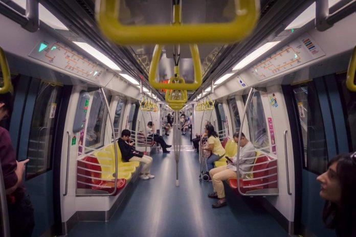kinh nghiệm du lịch Singapore-tàu điện ngầm MRT