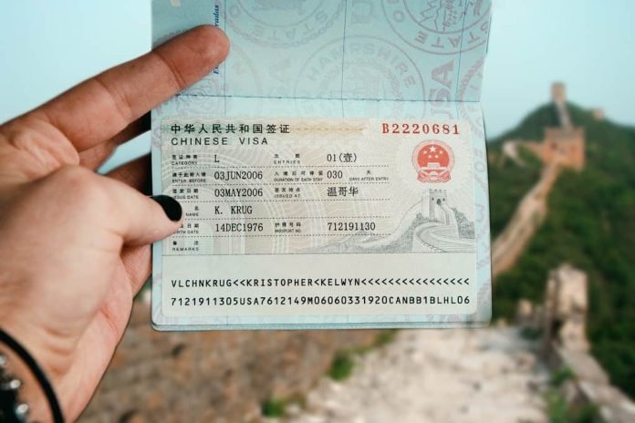 Hoàn tất thủ tục xin visa Trung Quốc