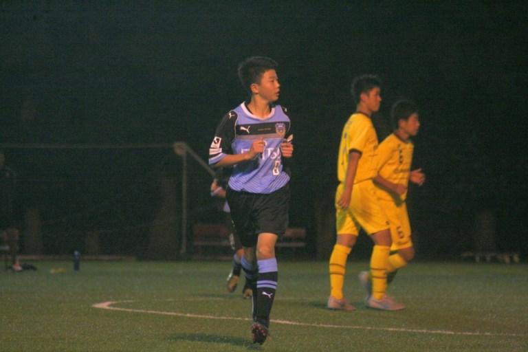 左MFとして先発の小川達也選手