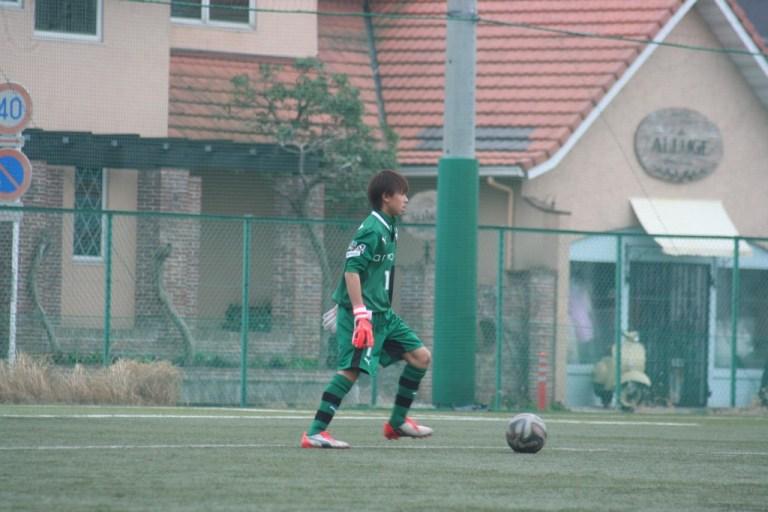 GK鈴木嵐大選手はU-15Bの練習試合に出場。背番号は16